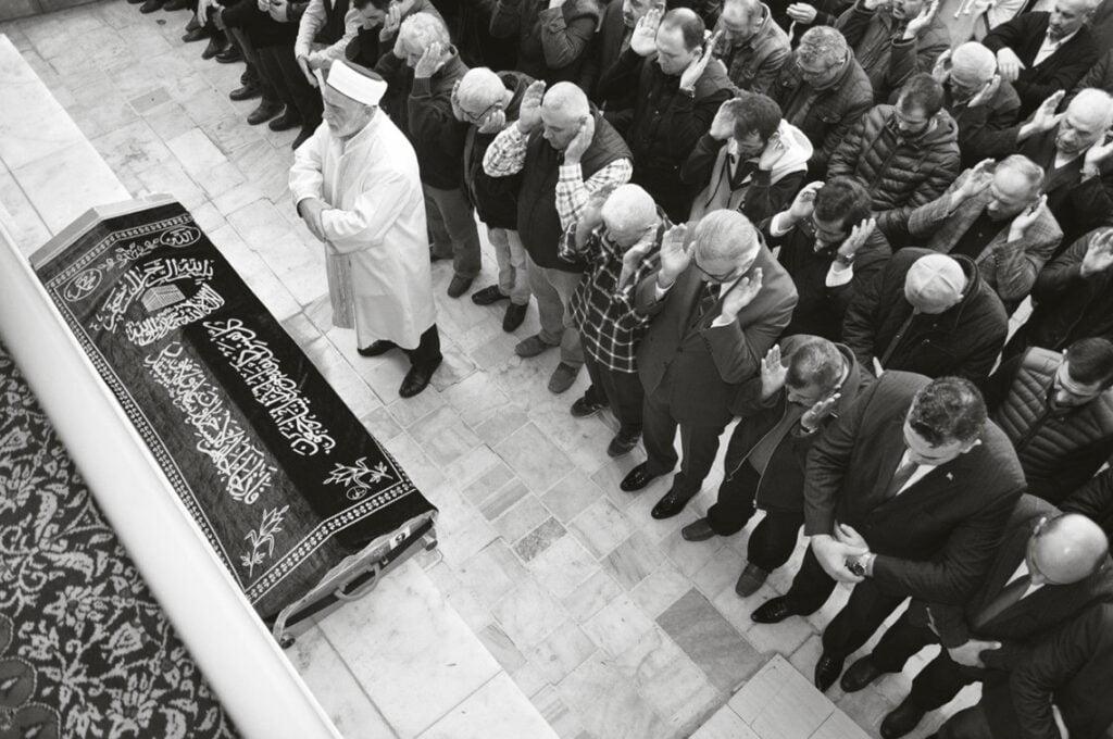 islami cenaze töreni